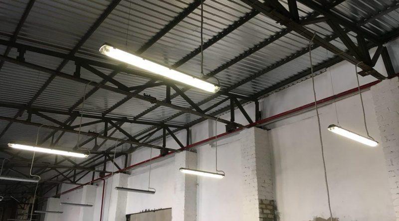 монтаж промышленного освещения